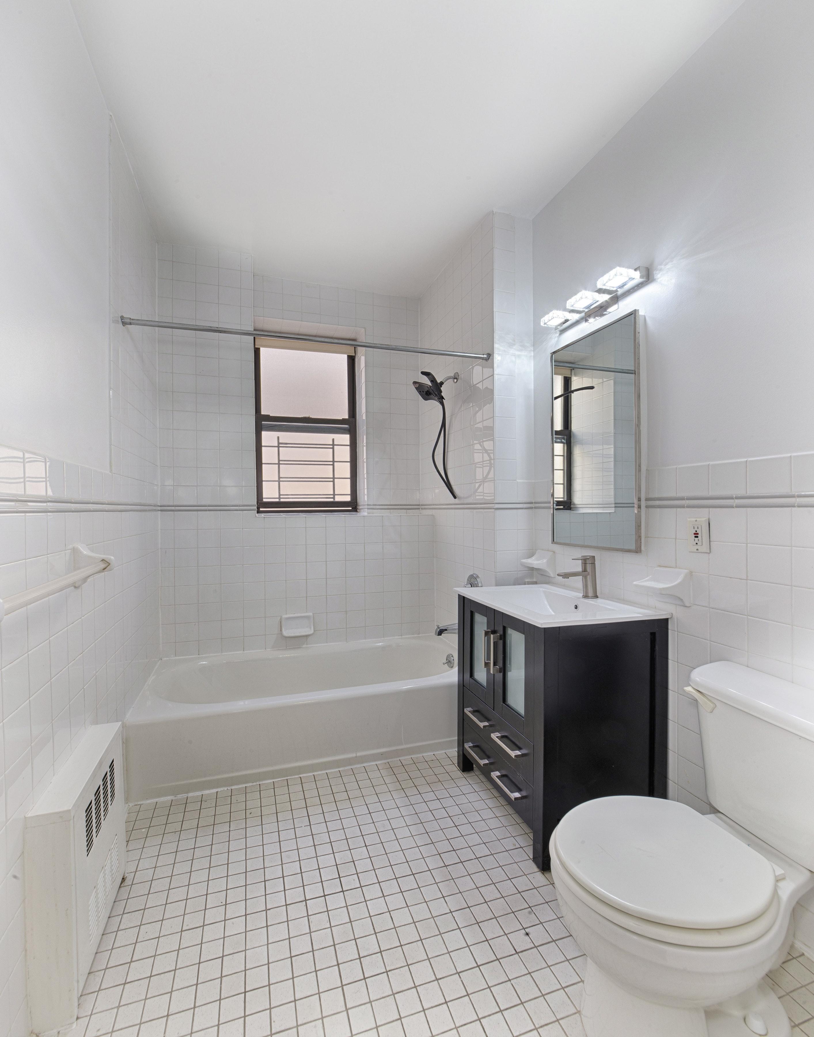 54 East 129th Street 6a 6a, New York, NY - USA (photo 4)