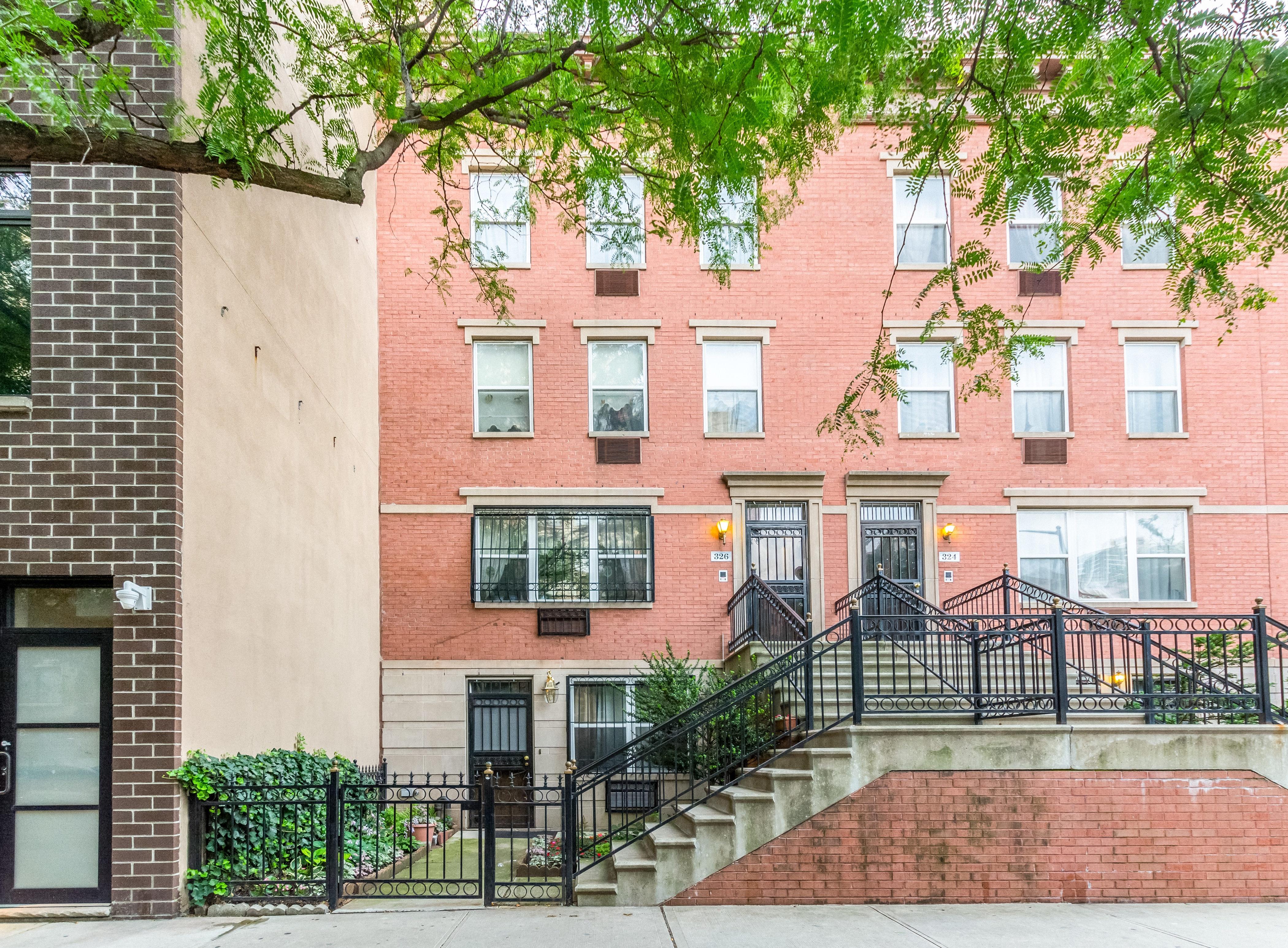326 East 119th Street 3 3, New York, NY - USA (photo 2)