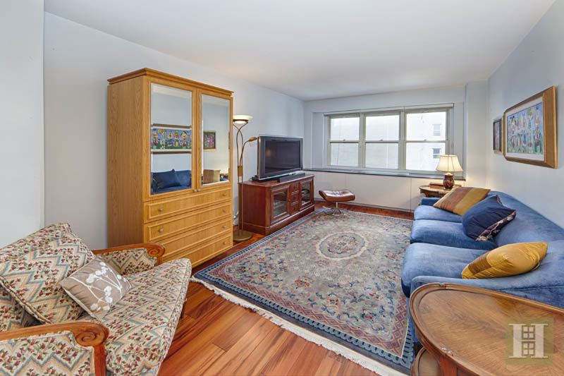 205 EAST 63RD STREET 6B, Upper East Side, $1,550,000, Web #: 11309550