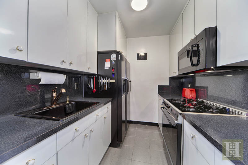 1175 YORK AVENUE 8G, Upper East Side, $675,000, Web #: 12157600