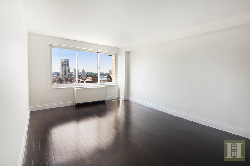 201 WEST 70TH STREET 24K, Upper West Side, $2,195,000, Web #: 12811904