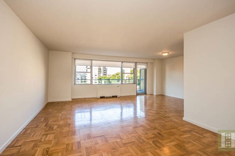 2500 JOHNSON AVE 8L, Riverdale, $485,000, Web #: 13147328