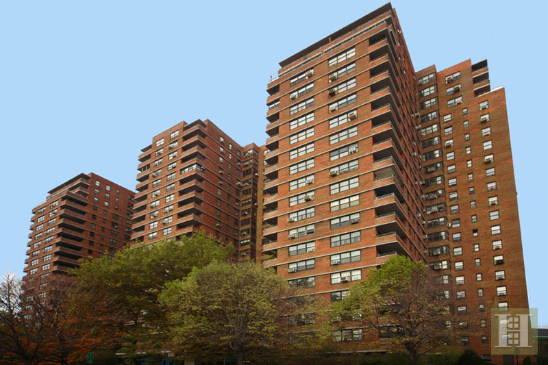 264 EAST BROADWAY, Lower East Side, $699,000, Web #: 13202695