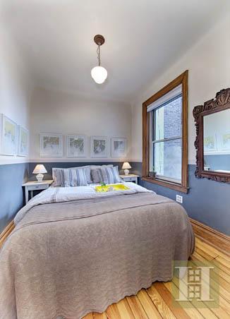 125 EAST 4TH STREET 17, East Village, $910,000, Web #: 13403326