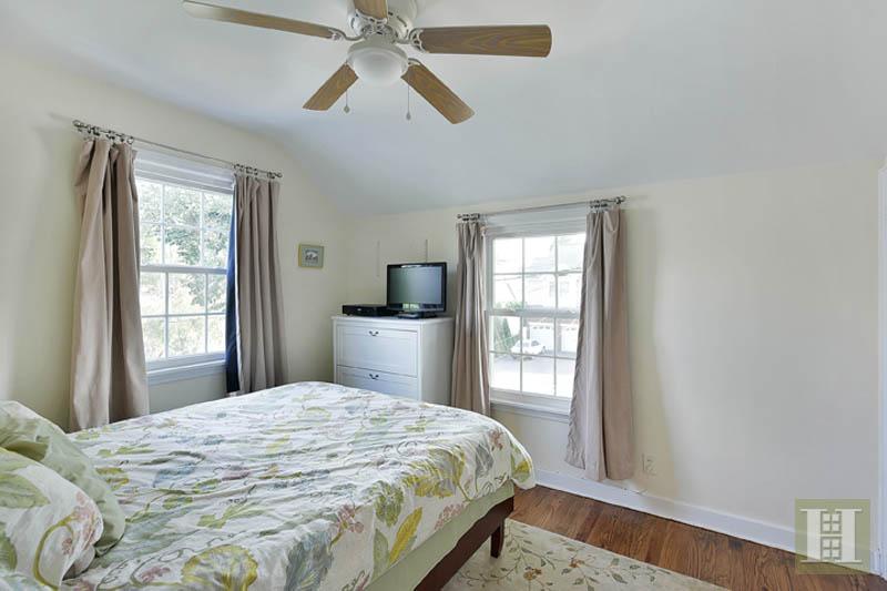 11 ALEXANDER AVENUE, Bloomfield, $401,000, Web #: 13435639