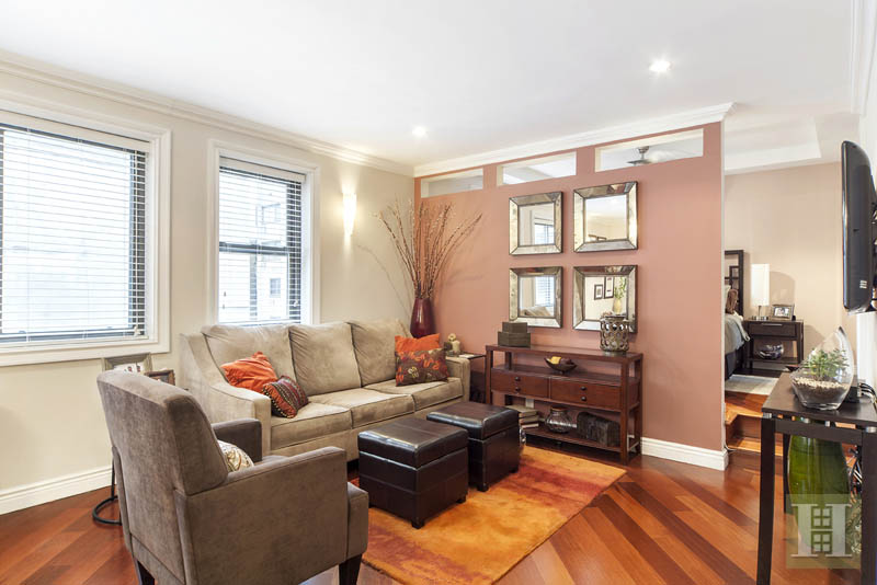 85 EIGHTH AVENUE 4U, Chelsea, $595,000, Web #: 13460363