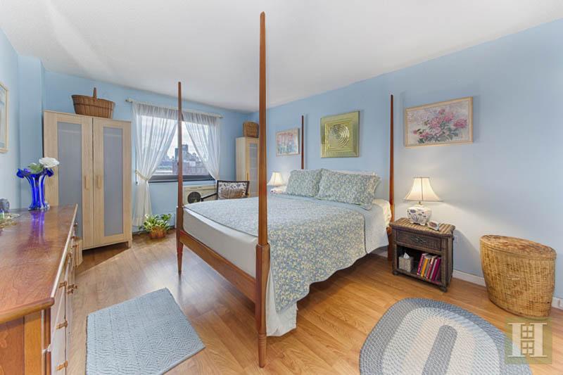 299 PEARL STREET, Lower Manhattan, $899,000, Web #: 13470173