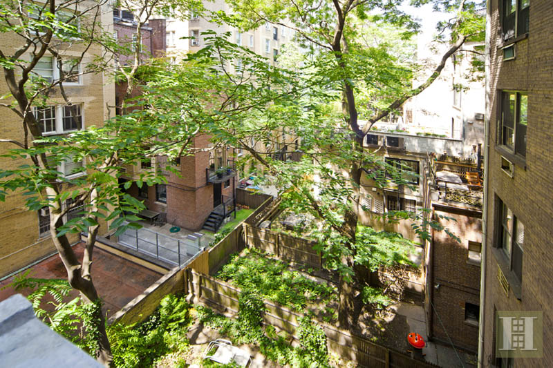 32 WEST 82ND STREET 4C-SOUTH, Upper West Side, $1,449,000, Web #: 13523663