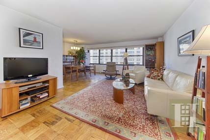 140 WEST END AVENUE 24K, Upper West Side, $859,000, Web #: 13698248