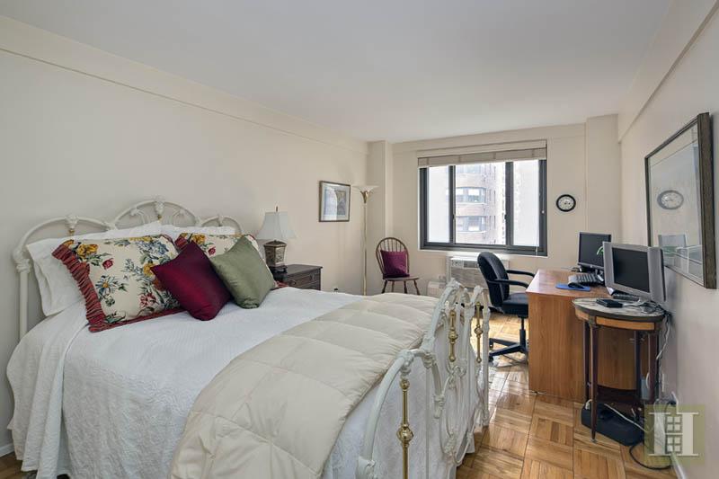 420 EAST 64TH STREET E4D, Upper East Side, $1,325,000, Web #: 13830427