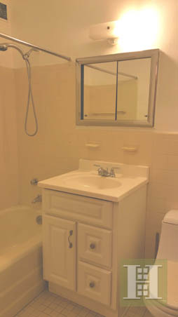 102 -30 66TH ROAD, Forest Hills, $2,500, Web #: 14003935