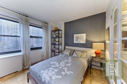 170 WEST END AVENUE 4F, Upper West Side, $459,000, Web #: 14126632