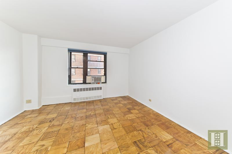 210 EAST BROADWAY, Lower East Side, $659,000, Web #: 14237177