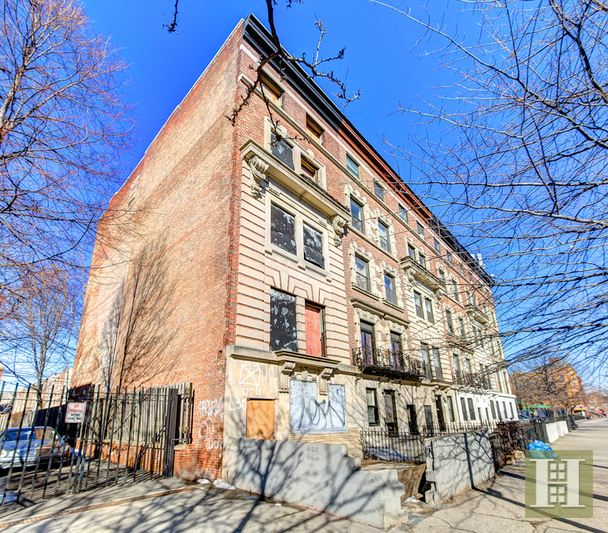 2108 FIFTH AVENUE, Central Harlem, $2,300,000, Web #: 14287247