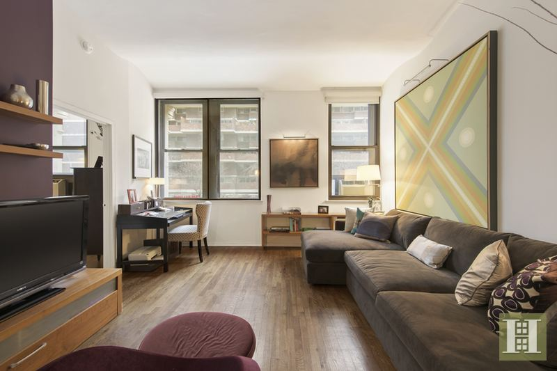 312 EAST 23RD STREET 2A, Gramercy Park, $995,000, Web #: 14335202