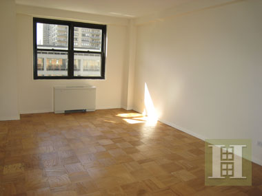 165 WEST 66TH STREET 8H, Upper West Side, $975,000, Web #: 1433708