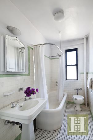 467 CENTRAL PARK WEST 12F, Upper West Side, $1,369,000, Web #: 14424415