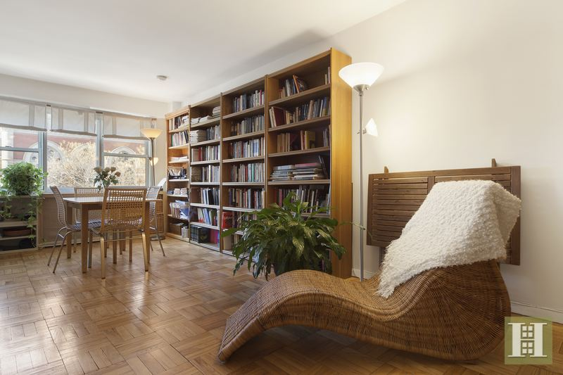 69 WEST 9TH STREET 5E, West Village, $550,000, Web #: 14430373