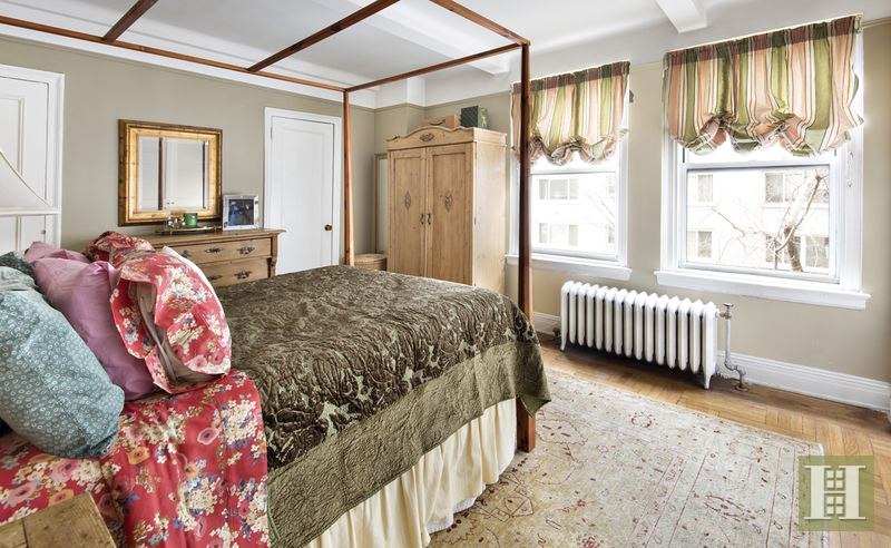 54 RIVERSIDE DRIVE 2B, Upper West Side, $2,300,000, Web #: 14430532