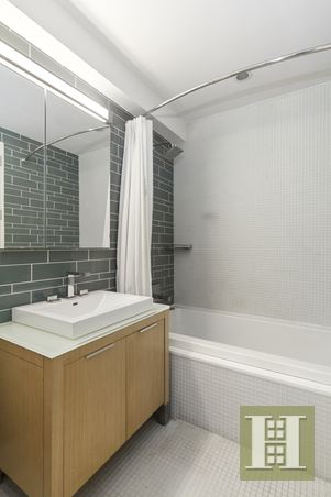 34 NORTH 7TH ST 2M, Williamsburg, $1,199,000, Web #: 14436469