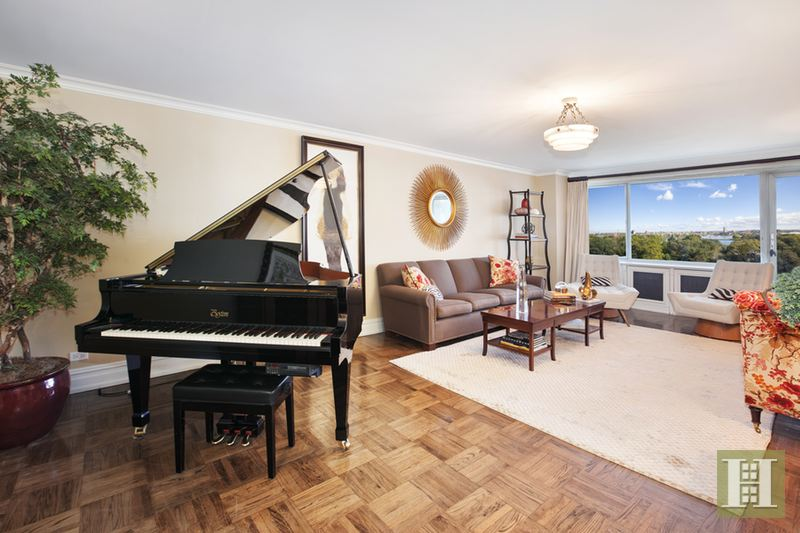 Living Room 86 St 535 east 86th street 11a, upper east side, nyc, 10028, $3,295,000