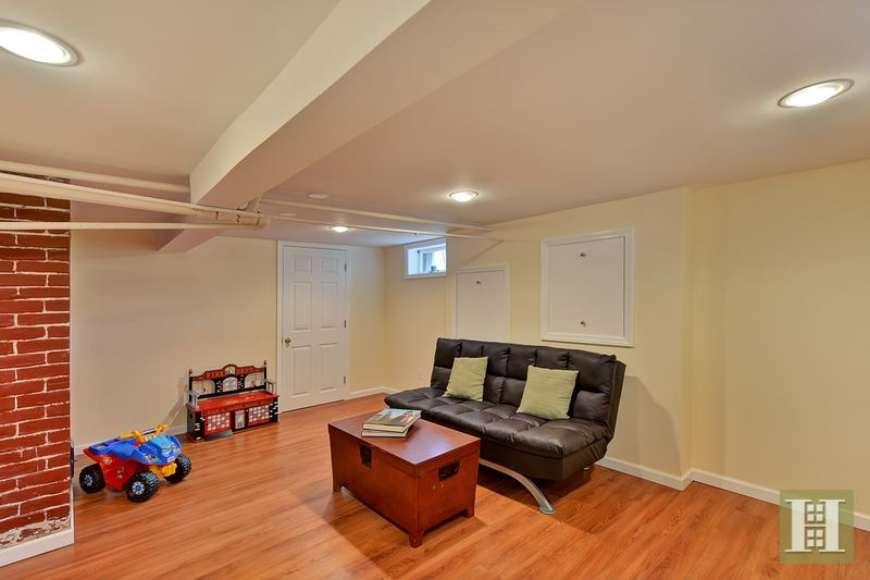 12 BRUCE ROAD, Montclair, $549,000, Web #: 14510041