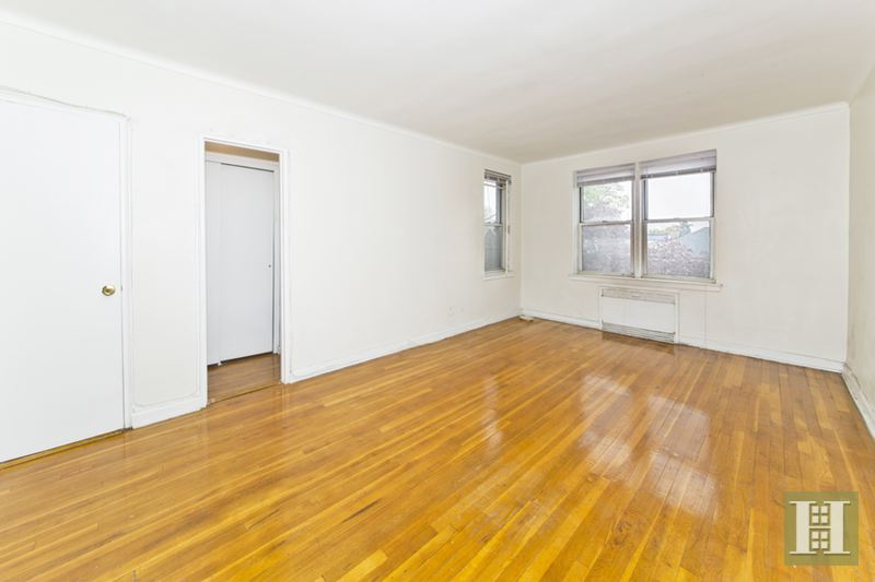 110 -20 71ST AVENUE, Forest Hills, $149,000, Web #: 14591914