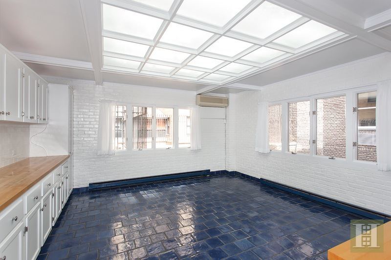 57 EAST 74TH STREET TOWNHOUSE, Upper East Side, $49,500, Web #: 14671369