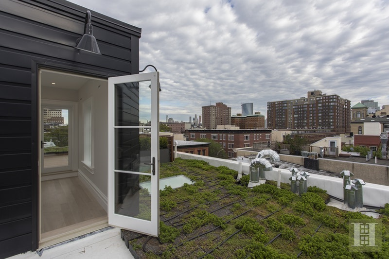 110 PARK AVENUE 2, Hoboken, $2,410,000, Web #: 14813555
