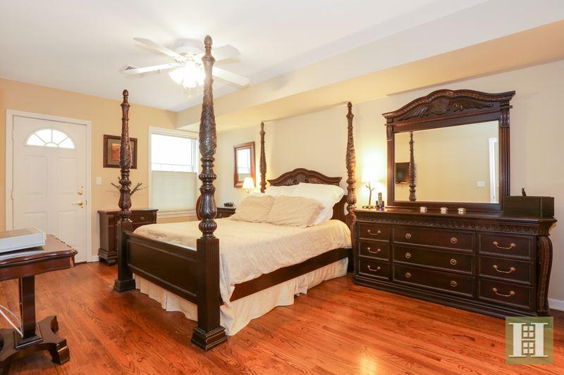 62 PATERSON AVE 3, Hoboken, $799,000, Web #: 14825740