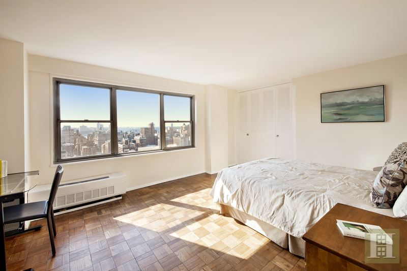15 WEST 72ND STREET 30G, Upper West Side, $2,749,000, Web #: 14887700