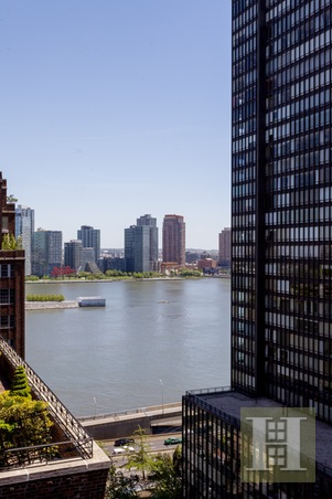 10 MITCHELL PLACE, Midtown East, $480,000, Web #: 14988957