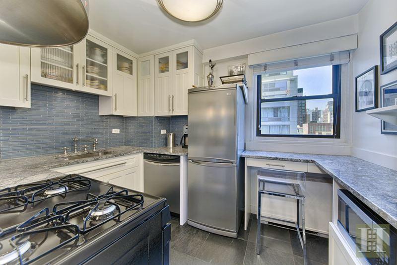 245 EAST 25TH STREET 10G, Gramercy Park, $695,000, Web #: 15026771
