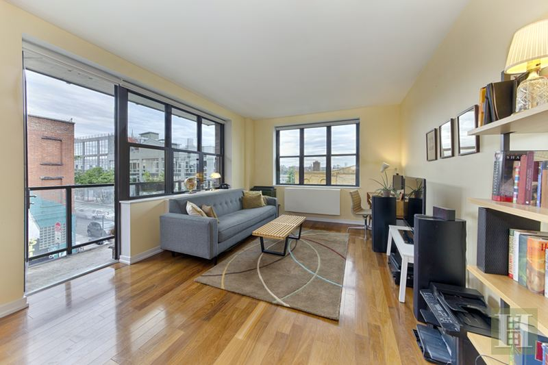 58 METROPOLITAN AVENUE 3H, Williamsburg, $980,000, Web #: 15026773