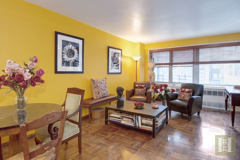 MAYFAIR TOWERS FLEXIBLE ONE BEDROOM, Upper West Side, $939,000, Web #: 15033191