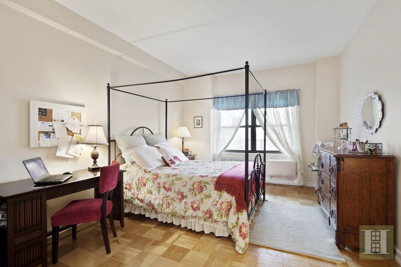 205 WEST END AVENUE 29J, Upper West Side, $1,050,000, Web #: 15053268