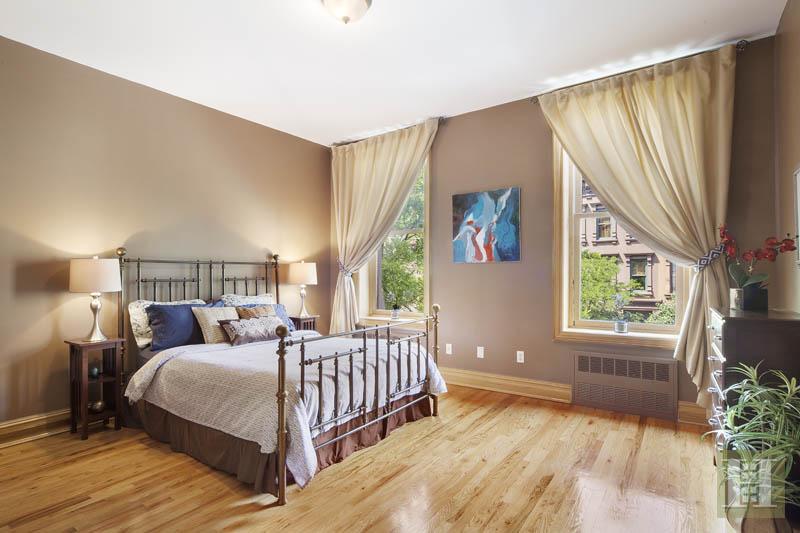 10 WEST 123RD STREET, Central Harlem, $2,550,000, Web #: 1506447