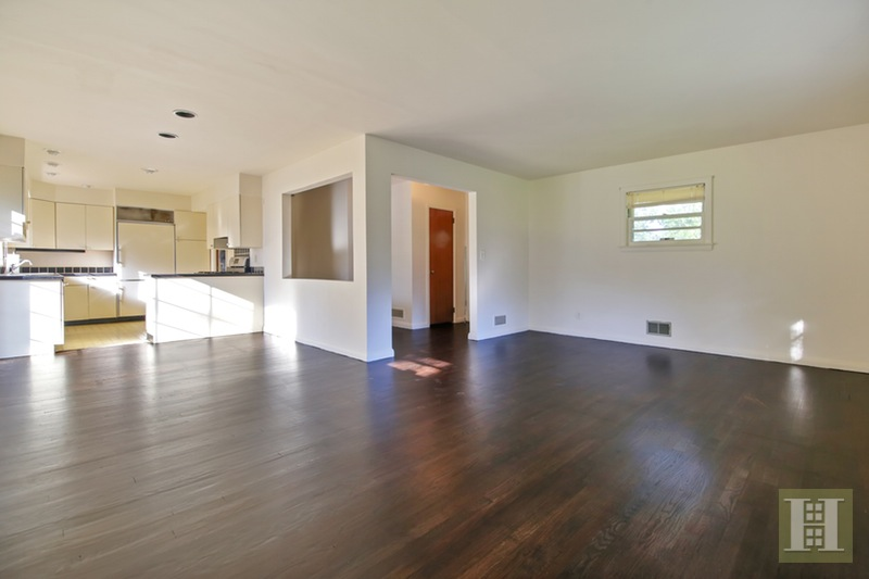 32 SKYTOP ROAD, Cedar Grove, $399,999, Web #: 15096552