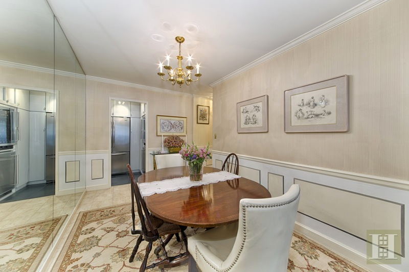 165 WEST 66TH STREET 3H, Upper West Side, $1,070,000, Web #: 15254665