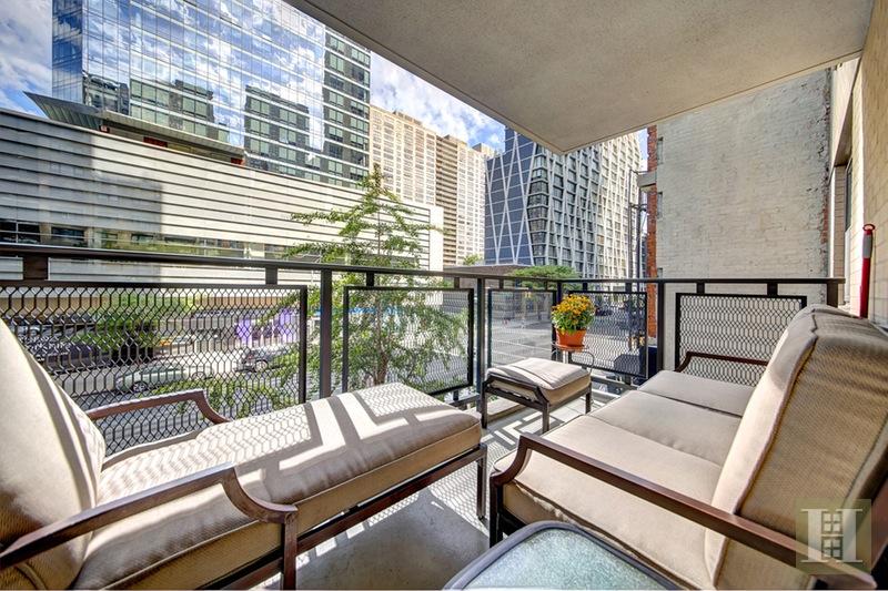 165 WEST 66TH STREET 3H, Upper West Side, $1,070,000, Web #: 15254665
