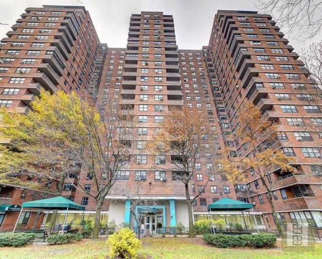 385 GRAND STREET, Lower East Side, $730,000, Web #: 15254956