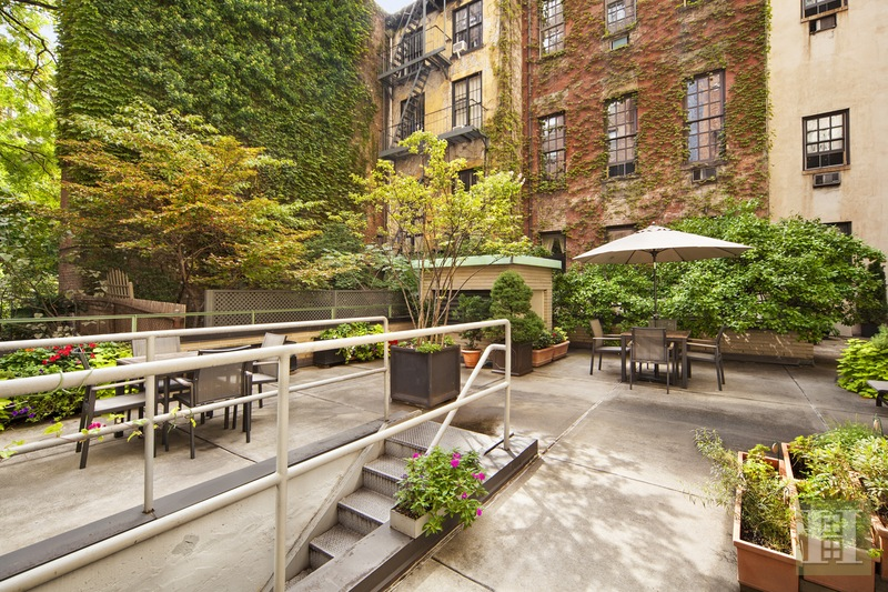 35 PARK AVENUE 8H, Midtown East, $645,000, Web #: 15534307