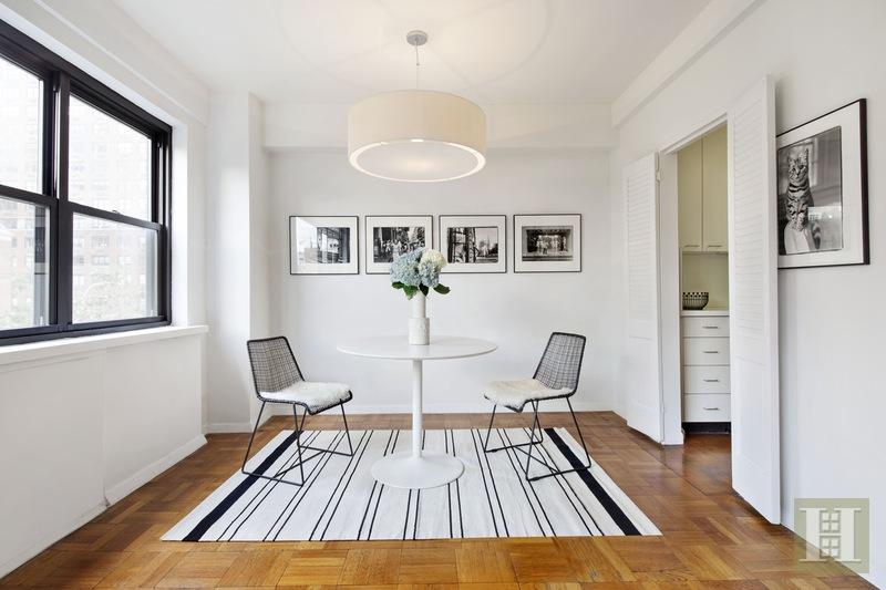 165 EAST 72ND STREET 4L, Upper East Side, $1,049,000, Web #: 15566437