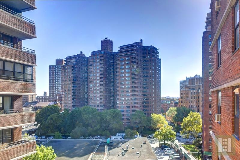 385 GRAND STREET, Lower East Side, $489,000, Web #: 15602372