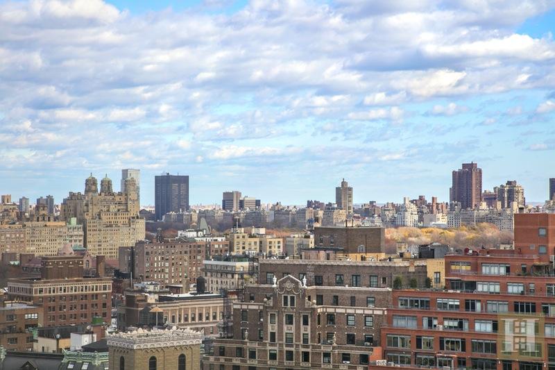 170 WEST END AVENUE 30B, Upper West Side, $849,000, Web #: 15701517