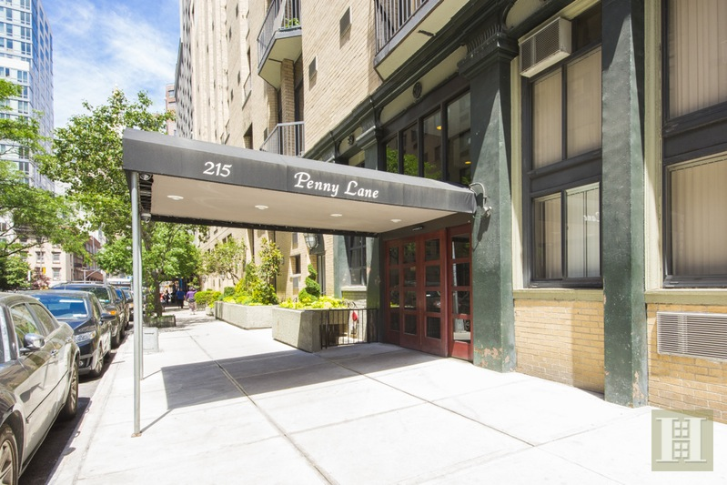 215 EAST 24TH STREET 712, Gramercy Park, $430,000, Web #: 15721878