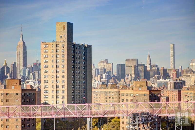 572 GRAND STREET, Lower East Side, $899,000, Web #: 15749703