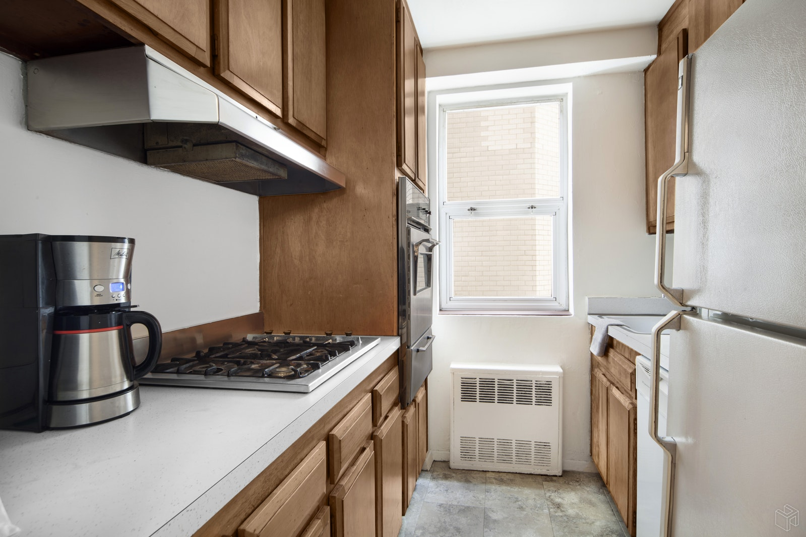 7 EAST 14TH STREET, Flatiron, $749,000, Web #: 15841400