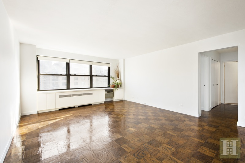 165 WEST END AVENUE 28J, Upper West Side, $749,000, Web #: 15919696
