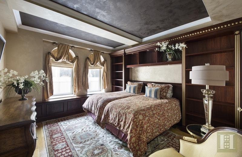 502 PARK AVENUE 12D, Upper East Side, $11,000, Web #: 15941295